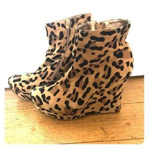 Shoe Dazzle: Leopard Print Wedges